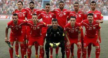 Le 11 de la Palestine opposé aux Emirats arabes unis en qualifications du Mondial, le 8 septembre 2015 à Al-Ram. [Photo: AFP]