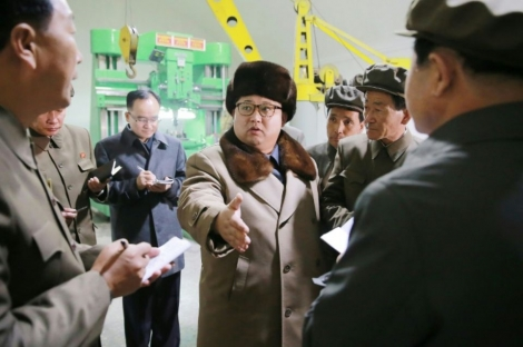 Photo non datée du leader nord-coréen Kim Jong-Un diffusée par l'agence officielle nord-coréenne Korean Central News Agency (KCNA) le 1er avril 2016