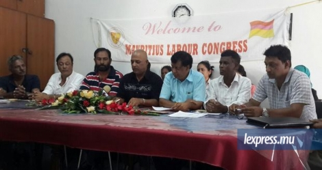 Les membres du Mauritius Labour Congress lors d'un point de presse, mercredi 6 avril.