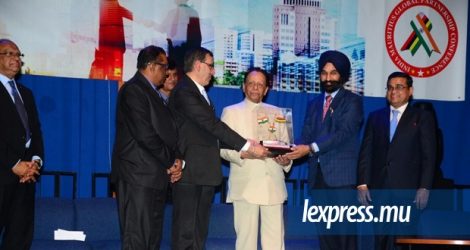 Signature du Memorandum of understanding entre la Bombay Stock Exchange et la Mauritius Stock Exchange