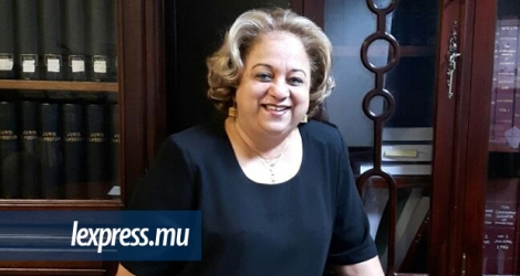 Roselyne Lebrasse-Rivet, responsable du département légal de la Mauritius Commercial Bank.