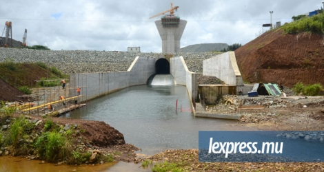 La China International Water and Electrical Corporation avait décroché un contrat pour la construction du Bagatelle Dam.