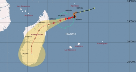 Situation du cyclone tropical Enawo à 4 heures le lundi 6 mars 2017.