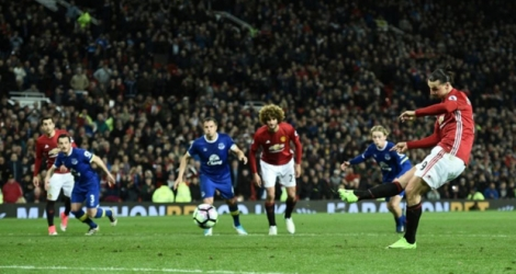 Le but de l'égalisation in extremis de Zlatan Ibrahimovic pour Manchester United face à Everton, le 4 avril 2017 à Old Trafford.