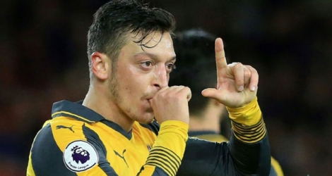 Le milieu Mesut Özil auteur du but de la victoire pour Arsenal face à Middlesbrough, le 17 avril 2017 à Middlesbrough.