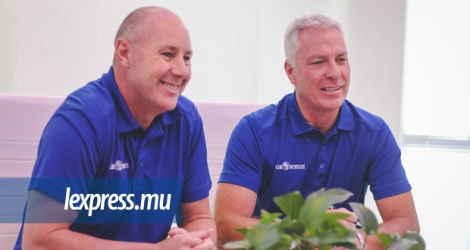 Jacques Smith et Rowan Moss, CEO et Chief Marketing Officer de la compagnie aquacole Growfish.