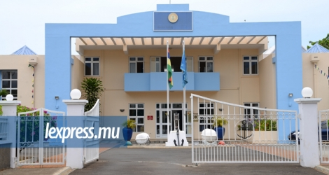 La Mauritius Maritime Training Academy, à Pointe-aux-Sables, est mise en cause dans des courriels envoyés au ministère de l'Économie océanique par la compagnie internationale MSC Cruises et l'agence de recrutement International Cruise Recruitment Services Ltd.