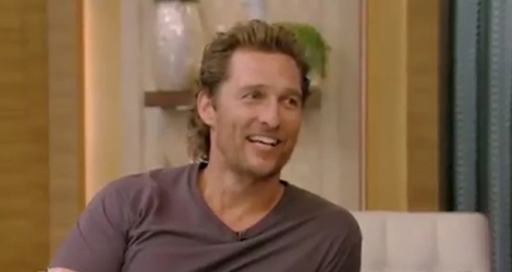 Matthew McConaughey sur le plateau du «Kelly and Ryan Live» mardi.