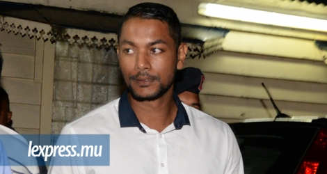 Husein Abdool Rahim poursuit son interrogatoire.