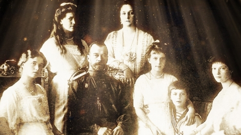 Nicholas II and Alexandra and the four daughters Olga, Tatyana, Maria and Anastasia and son Alexei