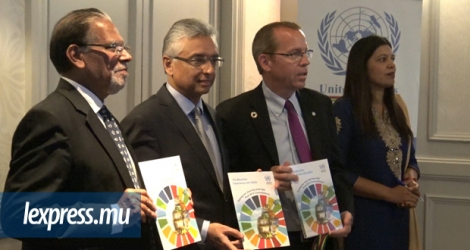 Pravind Jugnauth, lors du lancement du livret «The Mauritian Experience with SDGs» à Port-Louis le 30 octobre 2017.