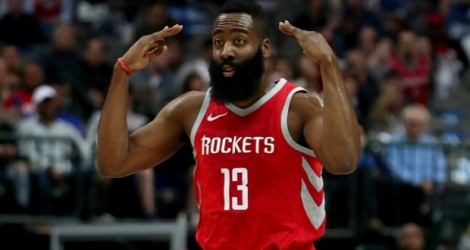 La vedette des Houston Rockets James Harden face aux Dallas Mavericks, le 24 janvier 2018 à Dallas