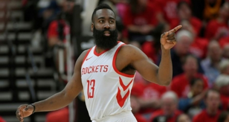 La star de Houston James Harden face à Utah jazz, le 4 mai 2018 à Salt Lake City