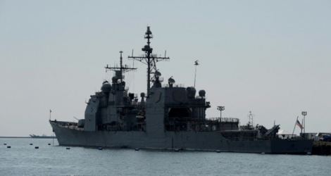 Le destroyer américain USS Antietam au port de Manille, le 14 mars 2016 aux Philippines.