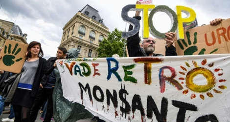 Manifestation anti-Monsanto Place de la Republique le 18 mai 2019.