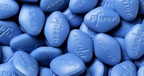 Photo illustration: le maire de Montereau propose de distribuer le Viagra à ses citoyens.