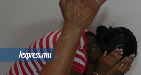 The women's movement says that around 10% of males in Mauritius perpetrate sexual assault multiple times.