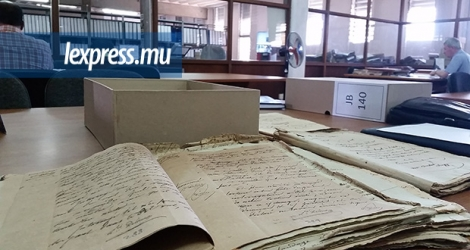 Les archives nationales se trouvent dans la zone industrielle de Coromandel.