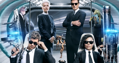 «Men in Black: International», le haut de l'affiche est occupé par Tessa Thompson, Chris Hemsworth, Liam Neeson et Emma Thompson qui reprend son rôle d'«agent O».