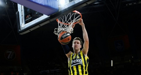 L'international tchèque de Fenerbahçe Jan Vesely, en demi-finales de l'Eurolique de basket contre Anadolu Efes, le 17 mai 2019 à Vitoria.
