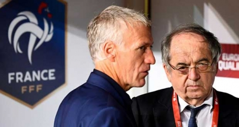 Le président de la Fédération française de football, Noël Le Graët (d), au côté du sélectionneur des Bleus, Didier Deschamps, avant le match de qualification à l'Euro 2020 face à la Turquie, à Konya, le 8 juin 2019 Photo FRANCK FIFE. AFP