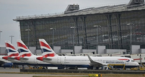 Des appareils British Airways stationnent sur le tarmac de l'aéroport de Heathrow à Londres, le 9 septembre 2019.