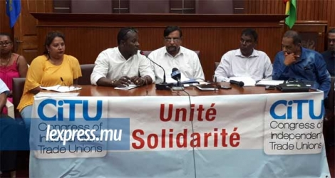 Les membres du Congress of Independent Trade Unions (CITU) lors d'un point de presse ce jeudi 14 novembre.