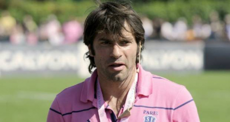 Christophe Dominici, alors entraîneur adjoint du Stade Français, avant un match de Top 14, le 30 août 2008 à Paris Photo STEPHANE DE SAKUTIN. AFP
