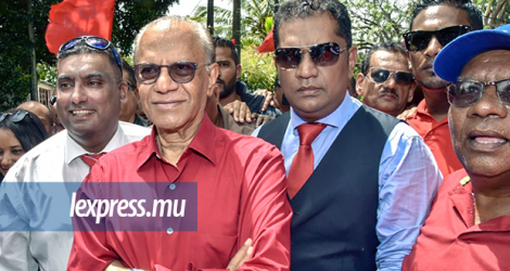 Navin Ramgoolam on Nomination Day, October 22, 2019 in constituency N°10 (Montagne-Blanche–Grande-Rivière-Sud-Est).© Krishna Pather