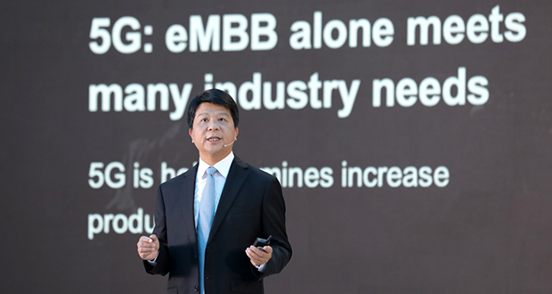 Huawei's Rotating Chairman Guo Ping delivers a keynote speech.
