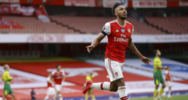OFFICIEL - Pierre-Emerick Aubameyang prolonge avec Arsenal
