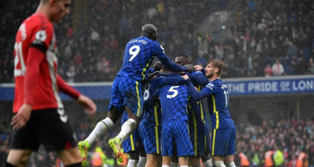England: Manchester United; Everton and Brighton skate; Chelsea take the chance