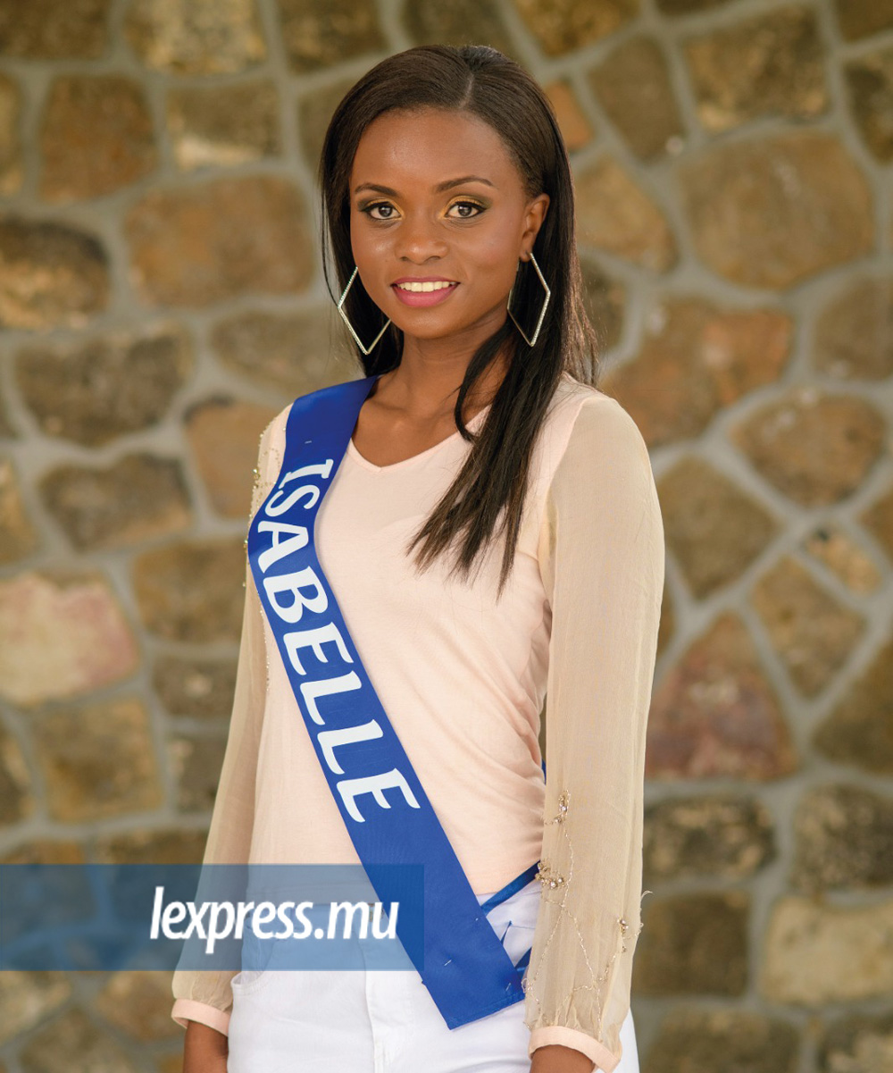 MOOCARME Isabelle (Port Louis) Age: 23 Height: 1m68 Qualification: HSC A' Level / First Aid Qualifications Occupation: Communication Centre Ambition: To be a social worker & care about children and become a well known model Talent: Painting, Dancing Sport Practised: Gym, Basket, Swimming, volley